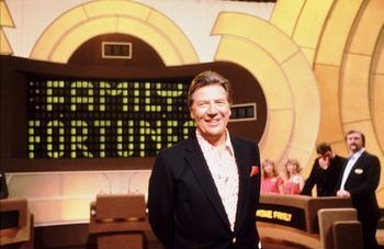 File:Family fortunes max.jpg